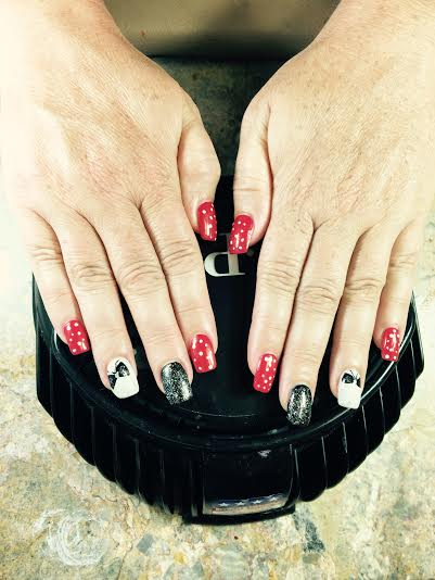 Gel nails and shellac with designs